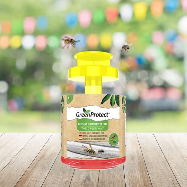 Wespen en Vliegende Insectenval van Green Protect buiten