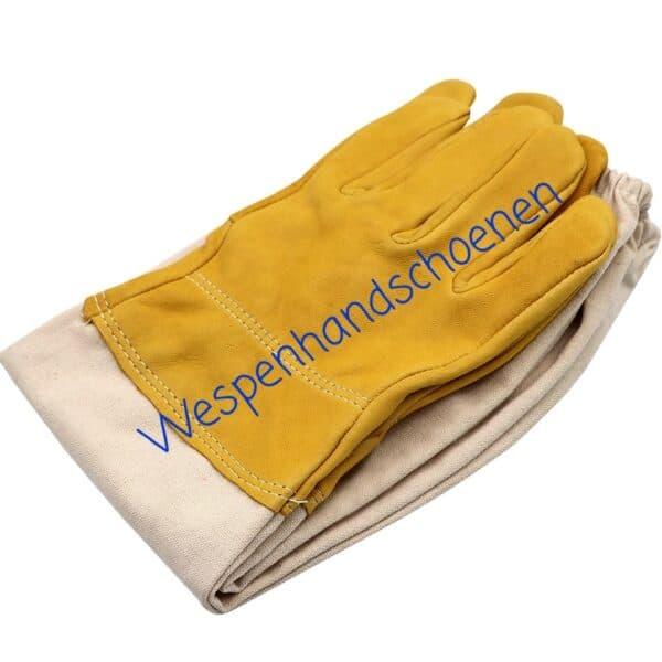 Handschoenen-wespen-bestrijden