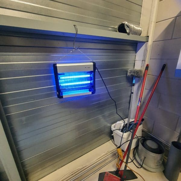insectenlamp-vliegenlamp-muggenlamp-vtac-budgte-ongedierte-bestrijden